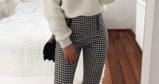 30+ Trendy And Simple Outfits For Spring 2019 What is it about easy outfit ide...