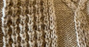 Oversized Celtic ☘️ Knit Sweater This is an absolutely stunning hand knit pi...