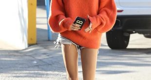 Hailey out and about in Los Angeles, CA (October 24):