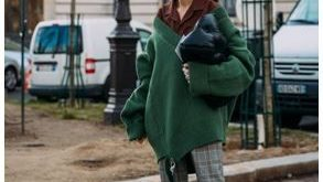 Oversized green v-neck sweater with collared shirt underneath and sneakers | Mul...