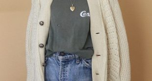 Vintage cable knit oversized cardigan, vintage cardigan, vintage cardigan sweater, vintage chunky cardigan